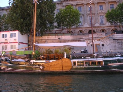 House boat on the Seine